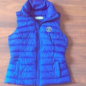Abercrombie & Fitch Down Puffer Vest / Coat